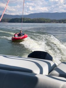 Smoky Mountain H2O Sports, Douglas Lake Tennessee, Douglas Lake Boat Rentals, Smoky Mountain seadoos, Smoky Mountain Pontoon Rentals, Douglas Lake Pontoon rentals, Douglas Dam Pontoons, Jetski Rental in Douglas Lake, Douglas Lake Marina
